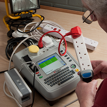 Portable appliance testing (PATs) for Electricians